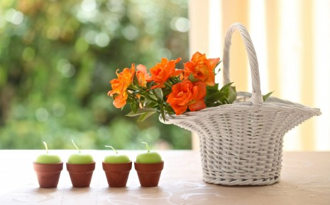 candles-and-basket-flower-hd-wallpaper