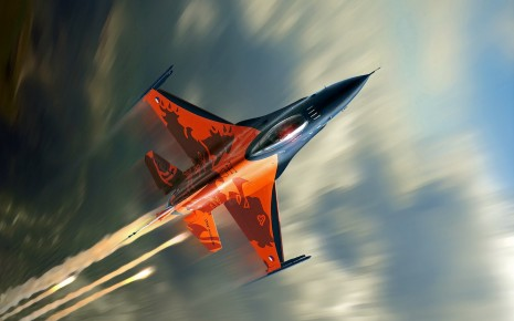 Lightning fast Falcon F16 wallpaper - Copy