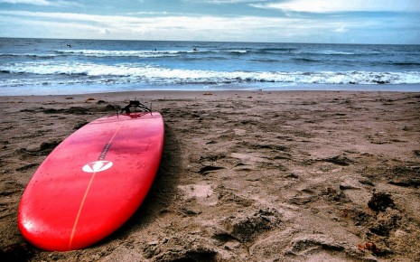Red surf board HD wallpaper