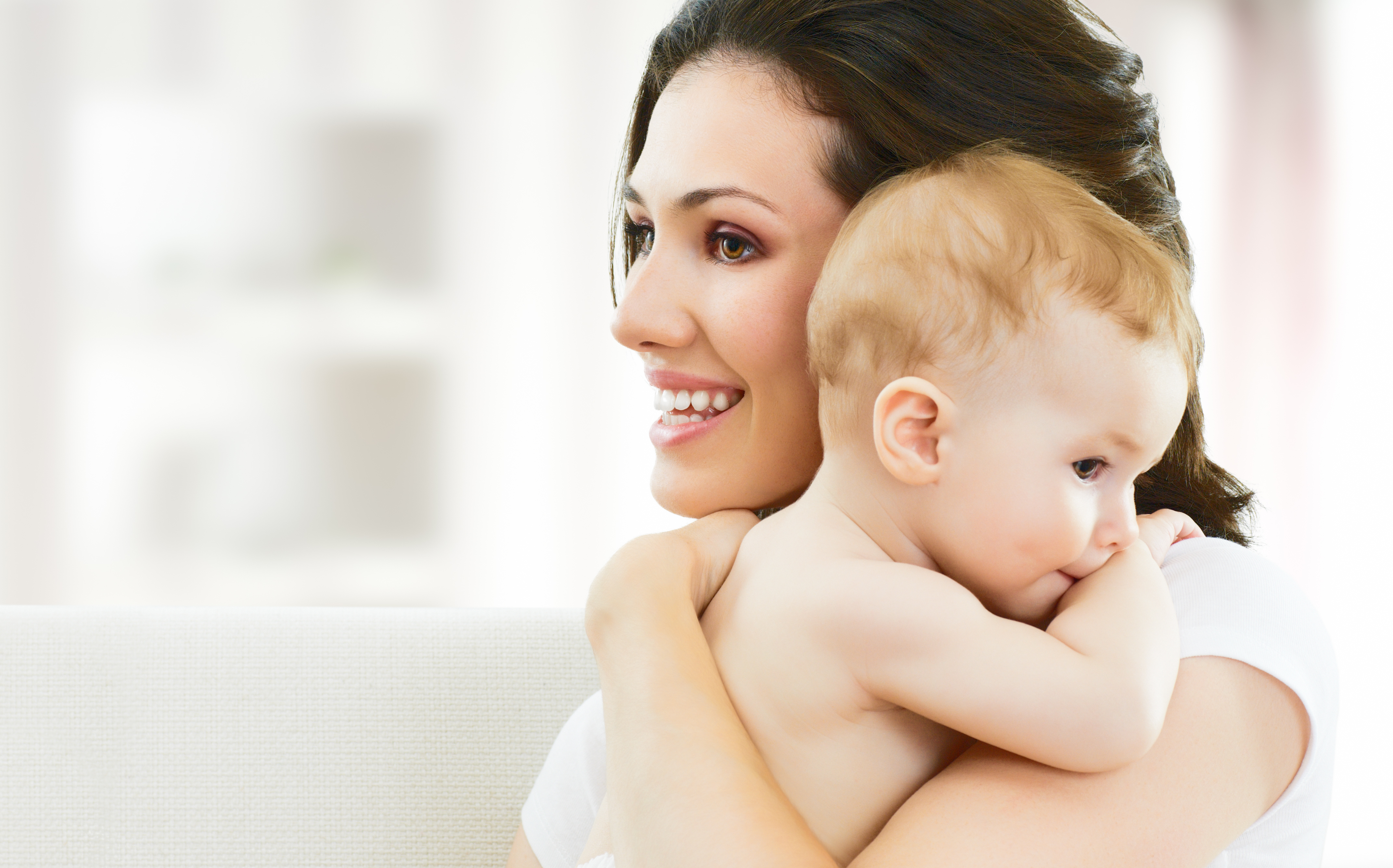 Mother And Baby Love Wallpaper Hd Latest Wallpapers