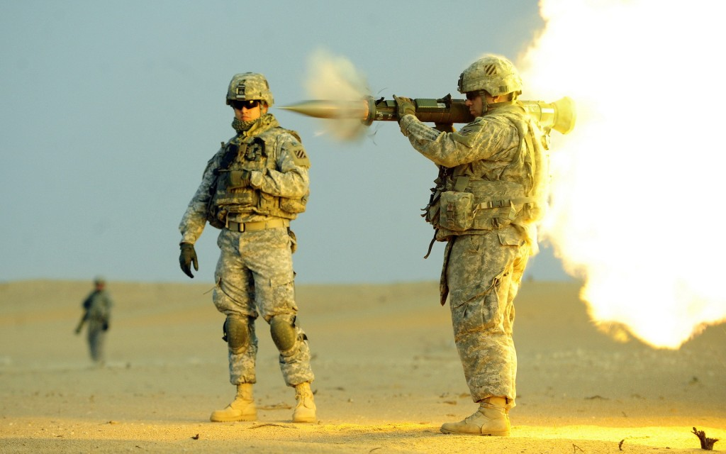Soldiers Grenade launcher Men US army AT-4 Firing Army military