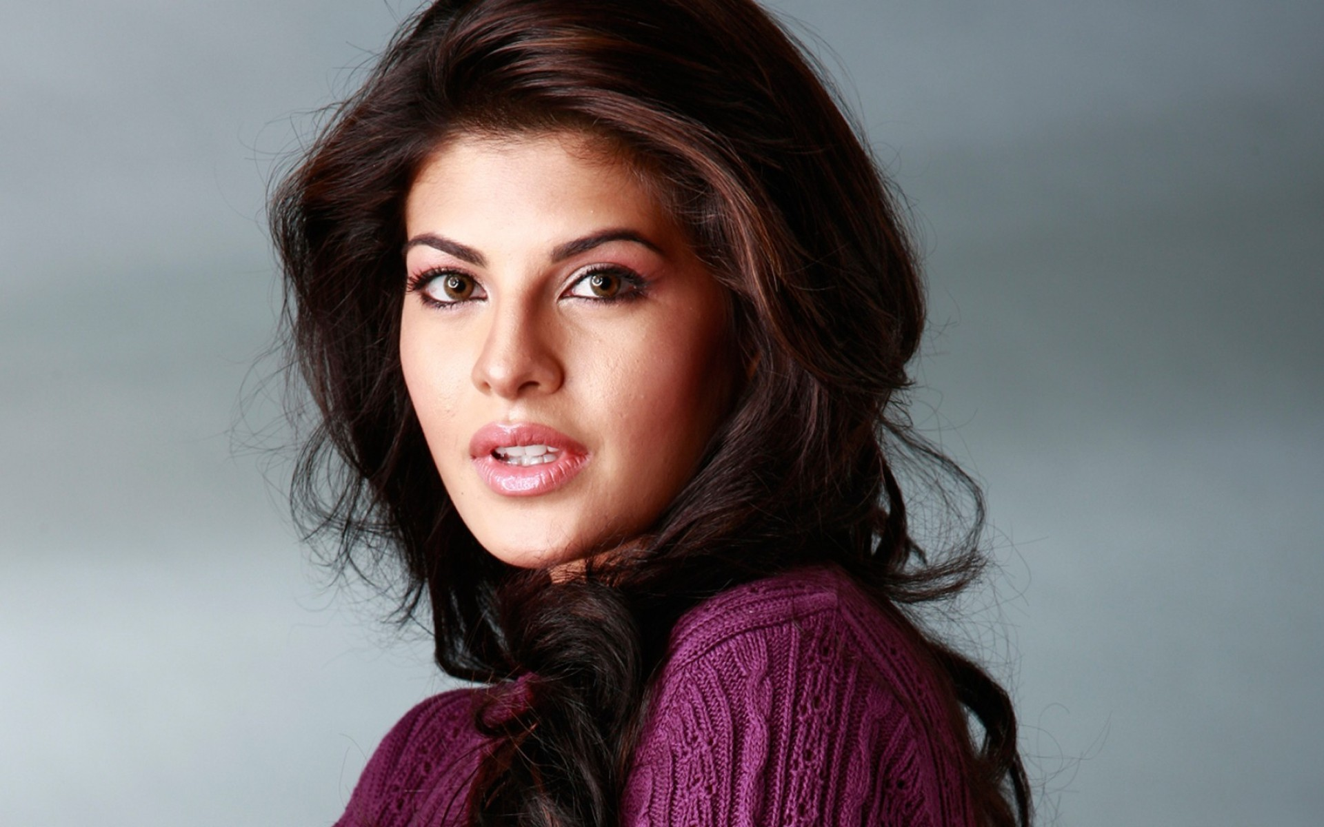 jacqueline fernandez hd wallpaper | hd latest wallpapers