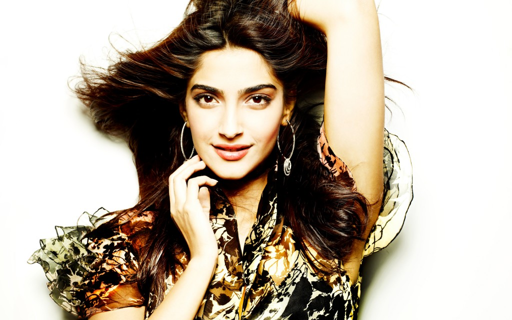 actress_sonam_kapoor-wide