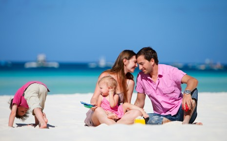 family on beach HD wallpaper