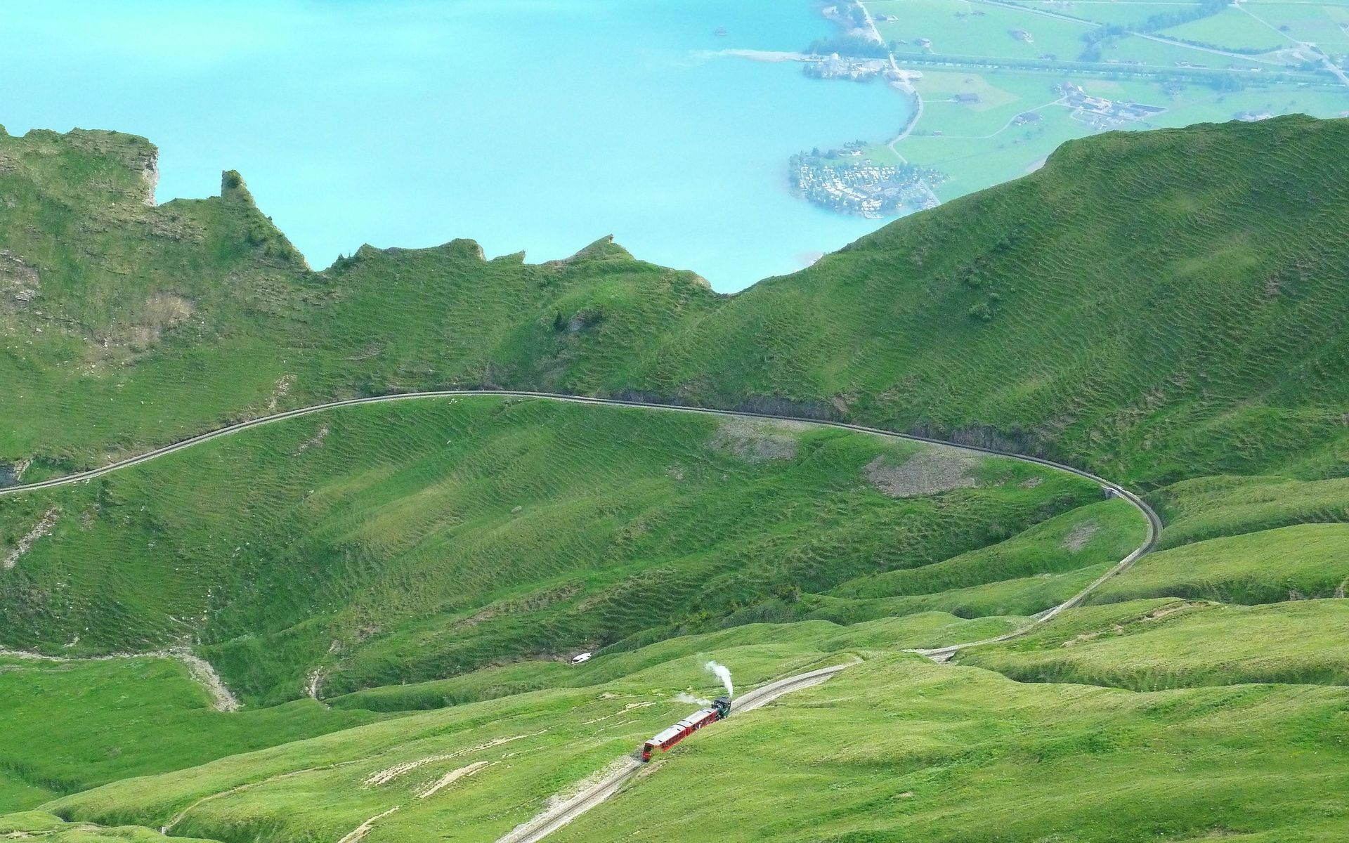 train-on-the-wavy-road-hd-wallpaper