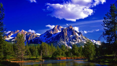 Amazing Blue Sky Above The Rocky Mountains HD Wallpaper