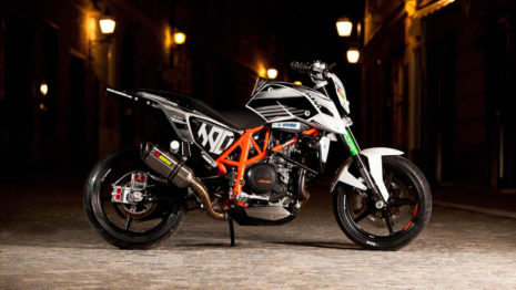 Ktm Duke 690 Stunt HD Wallpaper