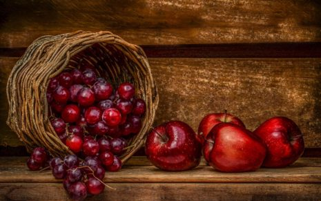 Red Fruits HD Wallpaper