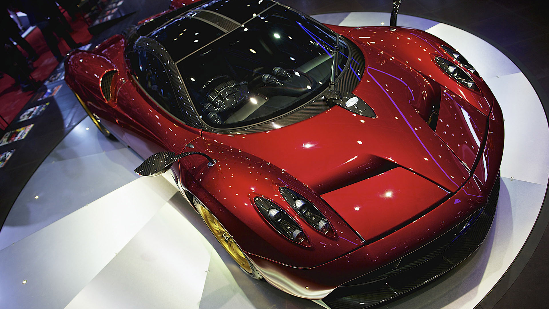 Red Pagani Huayra HD wallpaper | HD Latest Wallpapers