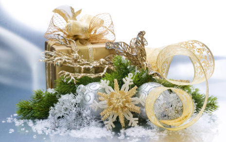 White gifts collection HD wallpaper