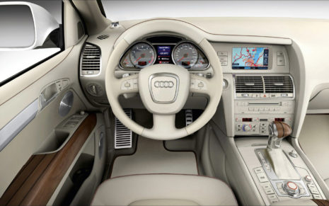 2015 Audi Q7 HD wallpaper