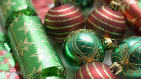 Red & Green gifts collection HD wallpaper