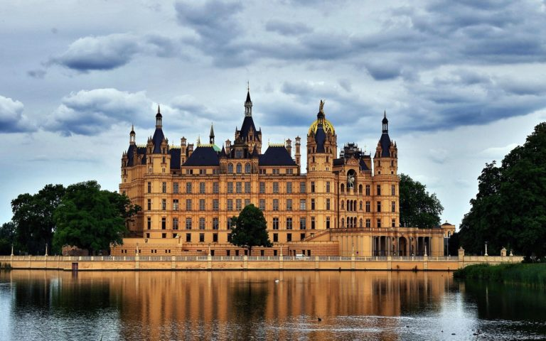Schwerin Palace Wallpapers