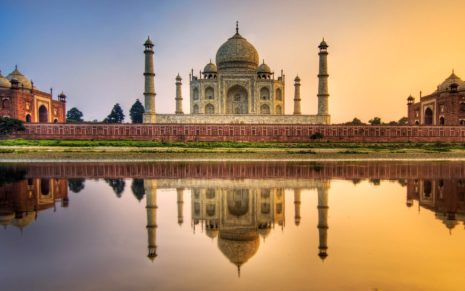 Architecture of Taj Mahal HD wallpaper