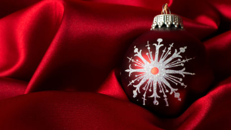 Christmas bauble HD wallpaper