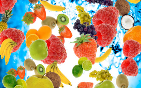 Fruits in water HD wallpaper