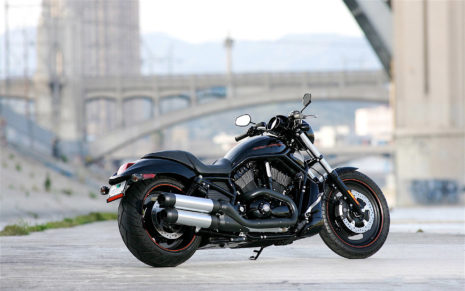 Harley Davidson on road HD wallpaper