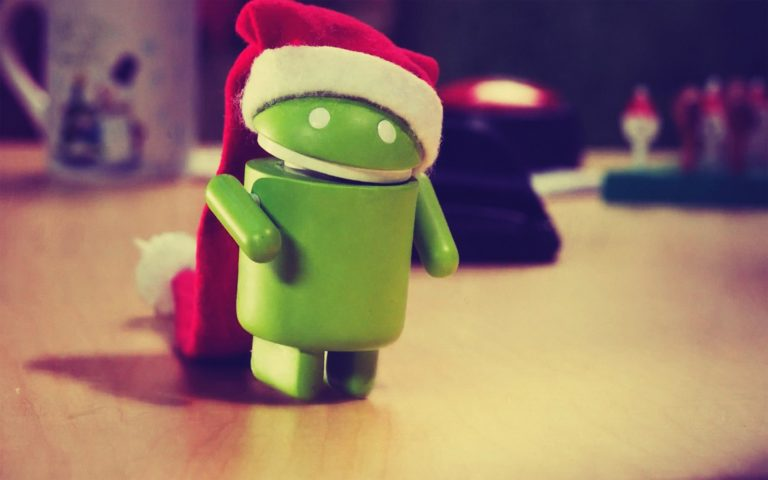 Android with Santa hat HD wallpaper 1