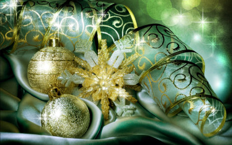 Green Christmas Balls HD wallpaper