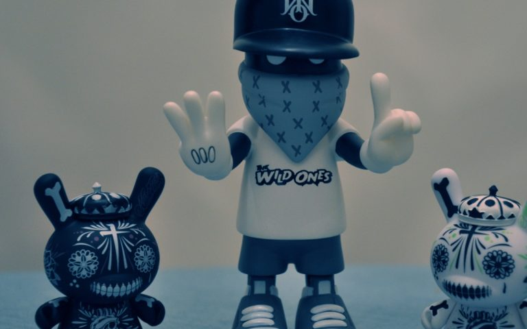 Kidrobot HD wallpaper