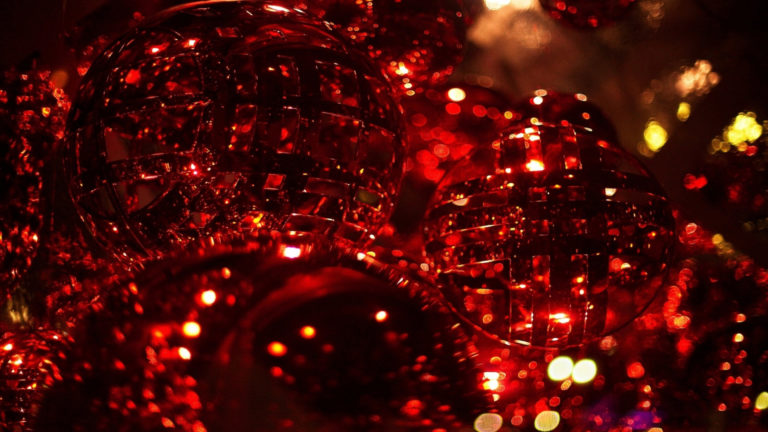 Red Crystal gift HD wallpaper