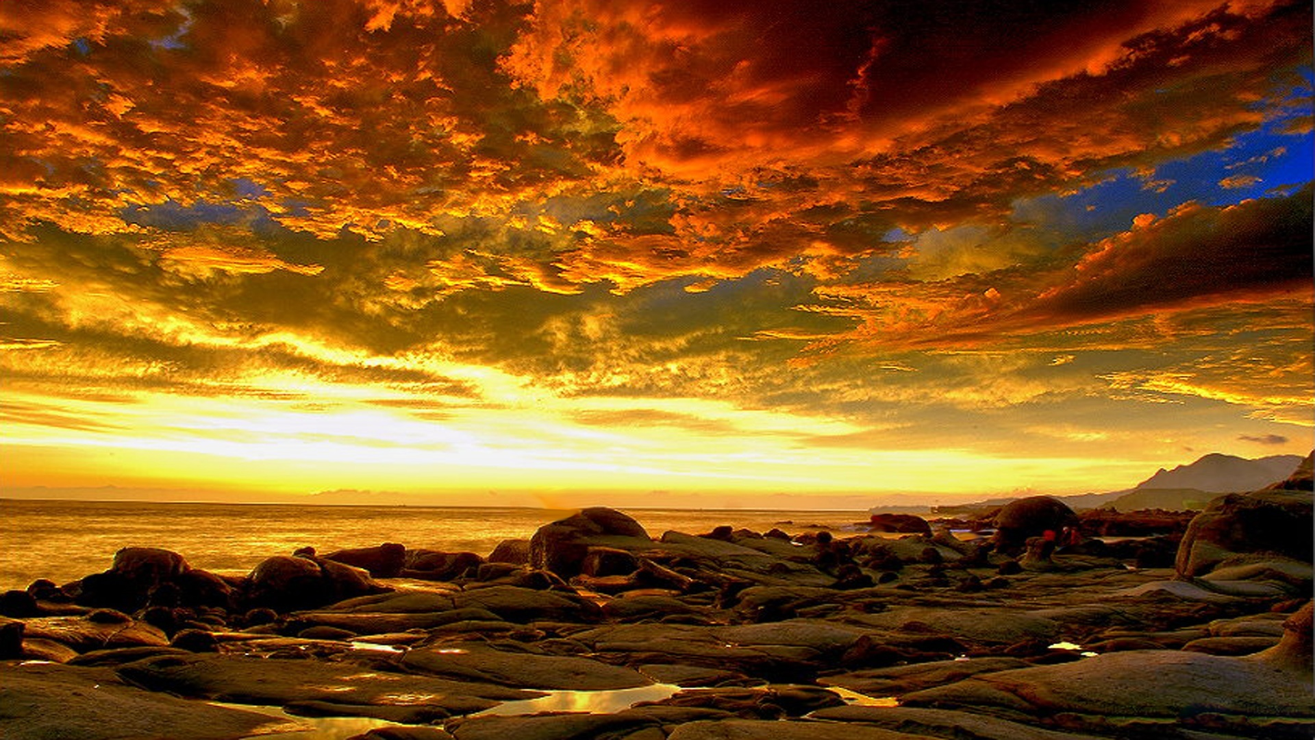 beautiful fiery sky hd wallpaper | hd latest wallpapers