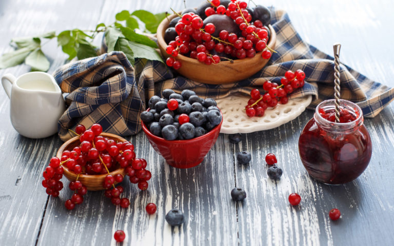 Jam of Berries HD wallpaper