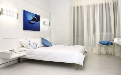 White & Blue bedroom HD wallpaper