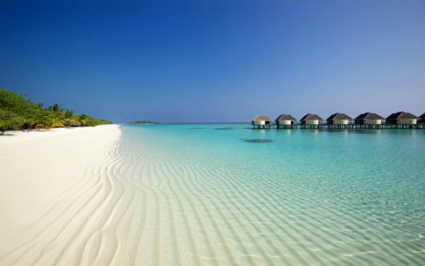 Beach bungalows HD wallpaper