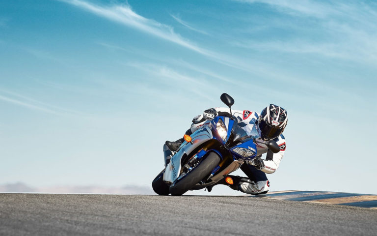 Blue Yamaha YZF HD wallpaper