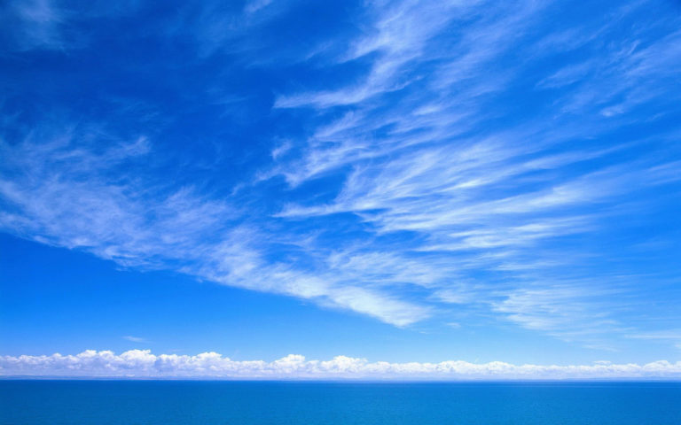 Blue sky & white clouds HD wallpaper