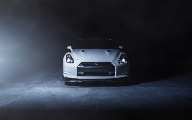 Nissan R35 White HD wallpaper