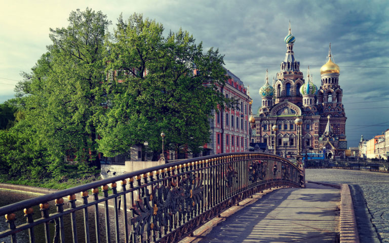 St Petersburg Russian Temple HD wallpaper