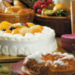 Cake filled with fruits HD wallpaper