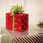 Bow-knot on gift HD wallpaper
