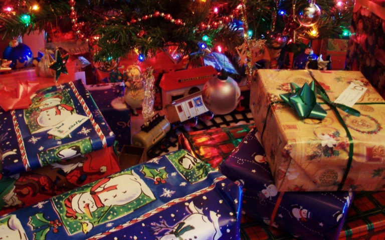 Tons of gifts HD wallpaper